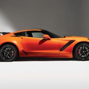 2019-Chevrolet-Corvette-ZR1-101