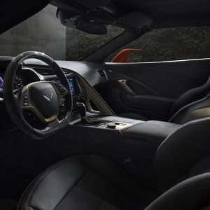 2019-chevrolet-corvette-zr1-interior-dashboard-front-seats